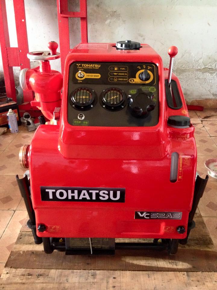 máy bơm nước chữa cháy tohatsu